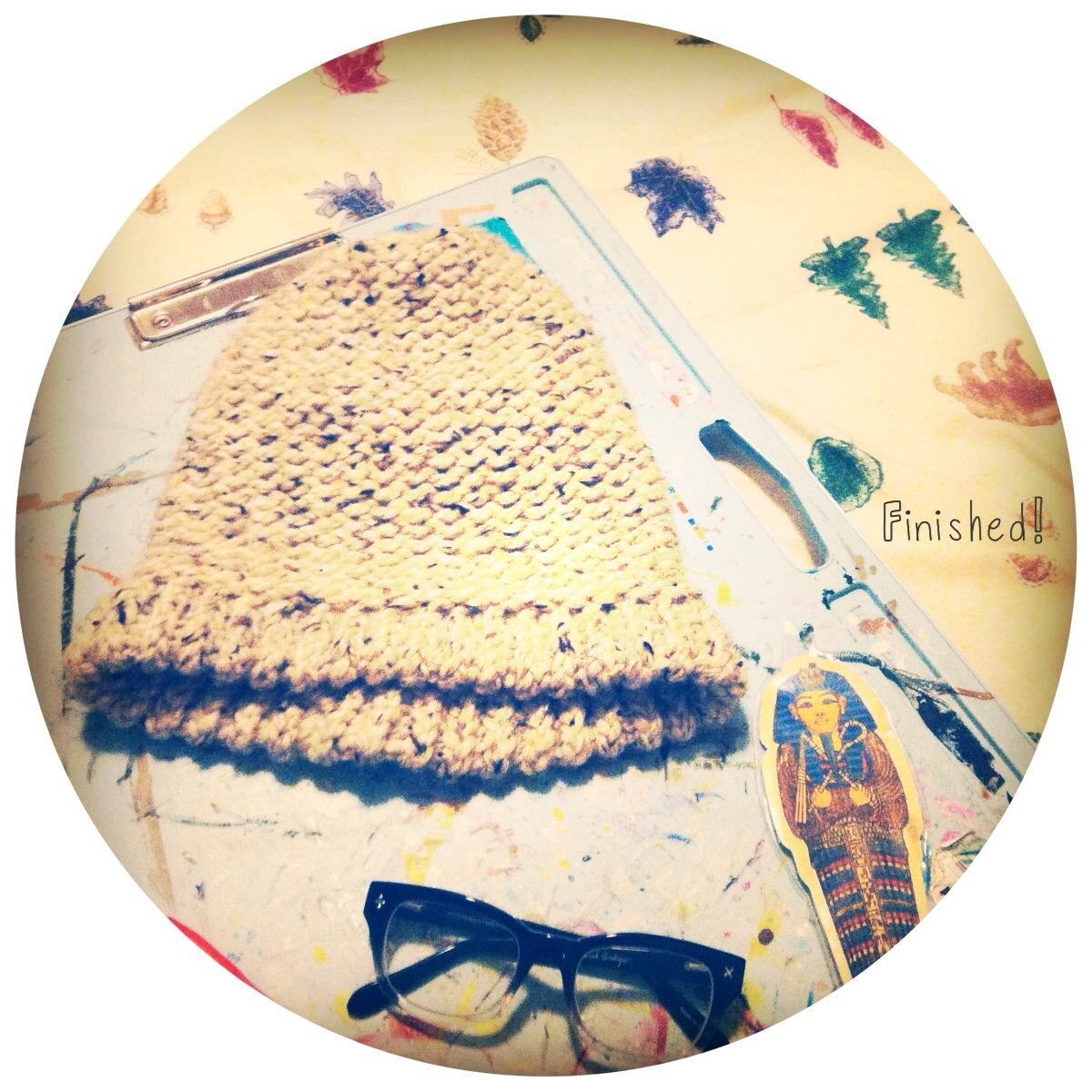 DIY_ROUND_LOOM_SLOUCH_HAT_BEANIE