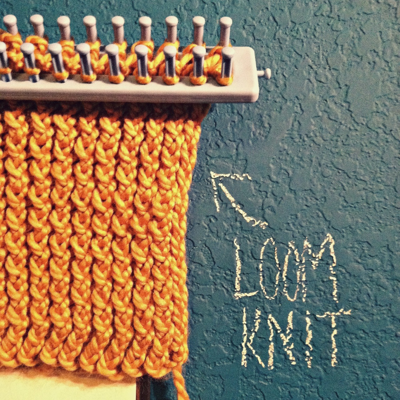 Infinity Scarf Pattern On Knitting Loom : Images Of Diy Finger Knitting Scarf Pattern Apps Directories